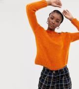 Jersey naranja con detalle de botones de New Look